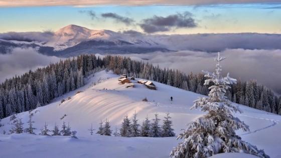 Неймовірні снігові картини під відкритим небом