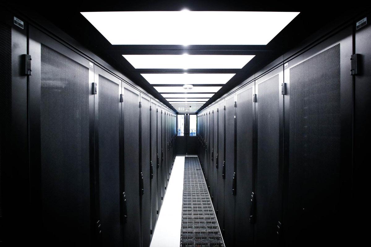 Огляд хостинг-провайдера Fornex